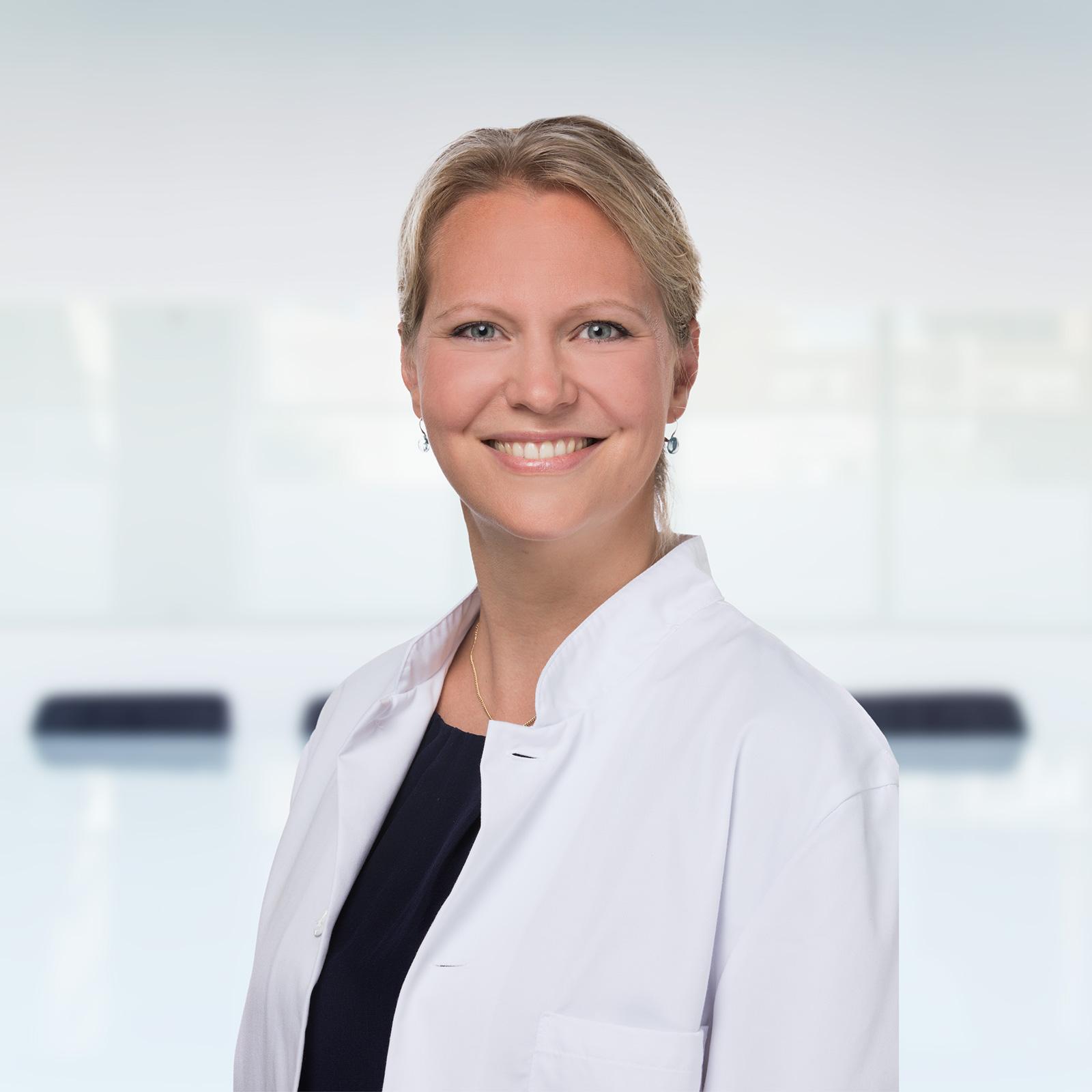 Dr. med. Julia Henning